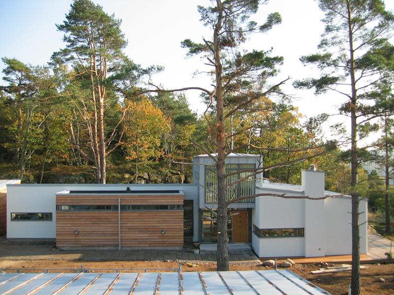 Cederträ fasad modernt hus