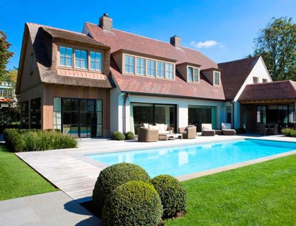 ipe trall cumaru trall runt pool vid hus