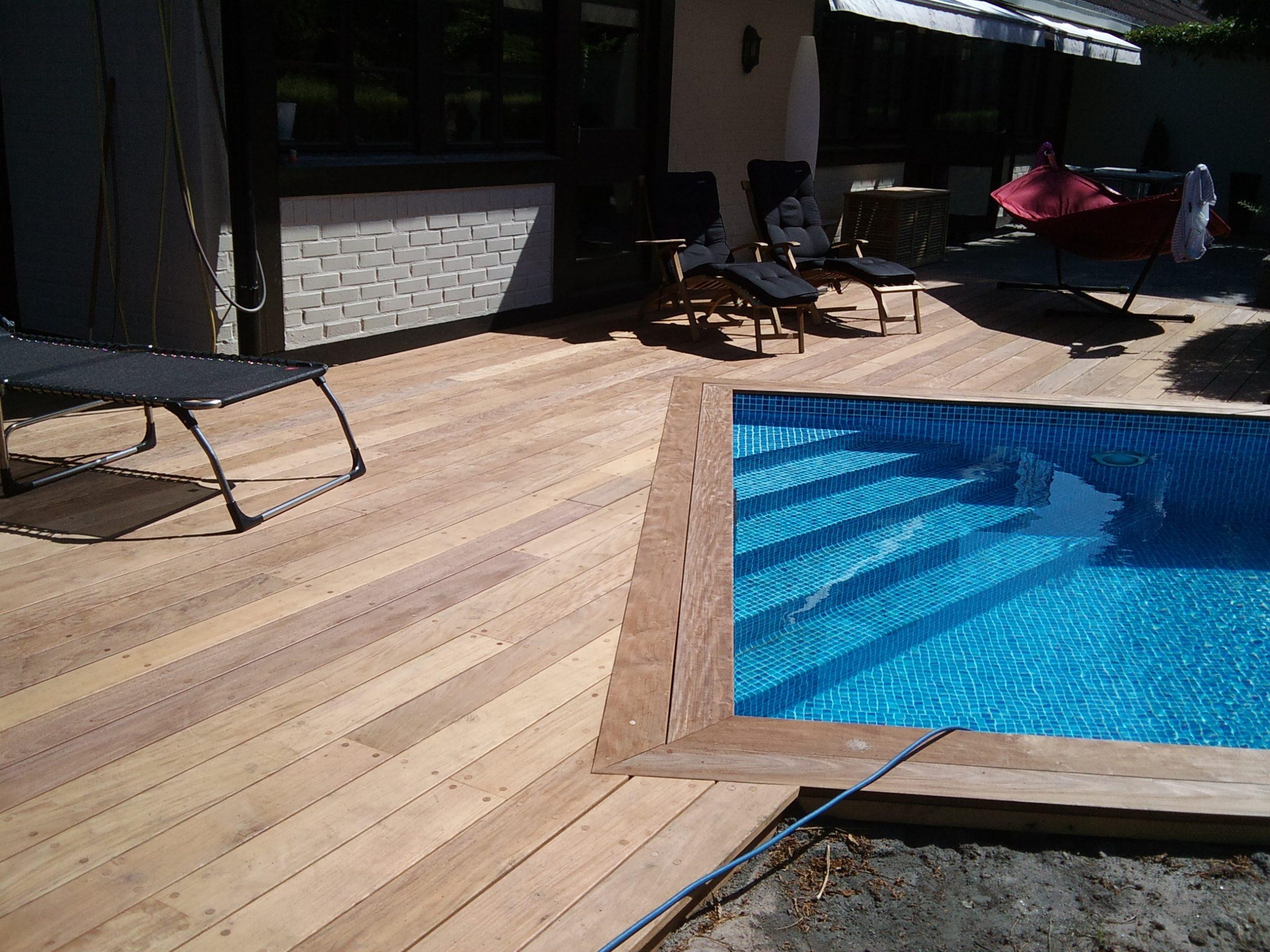 Ipe trall runt pool