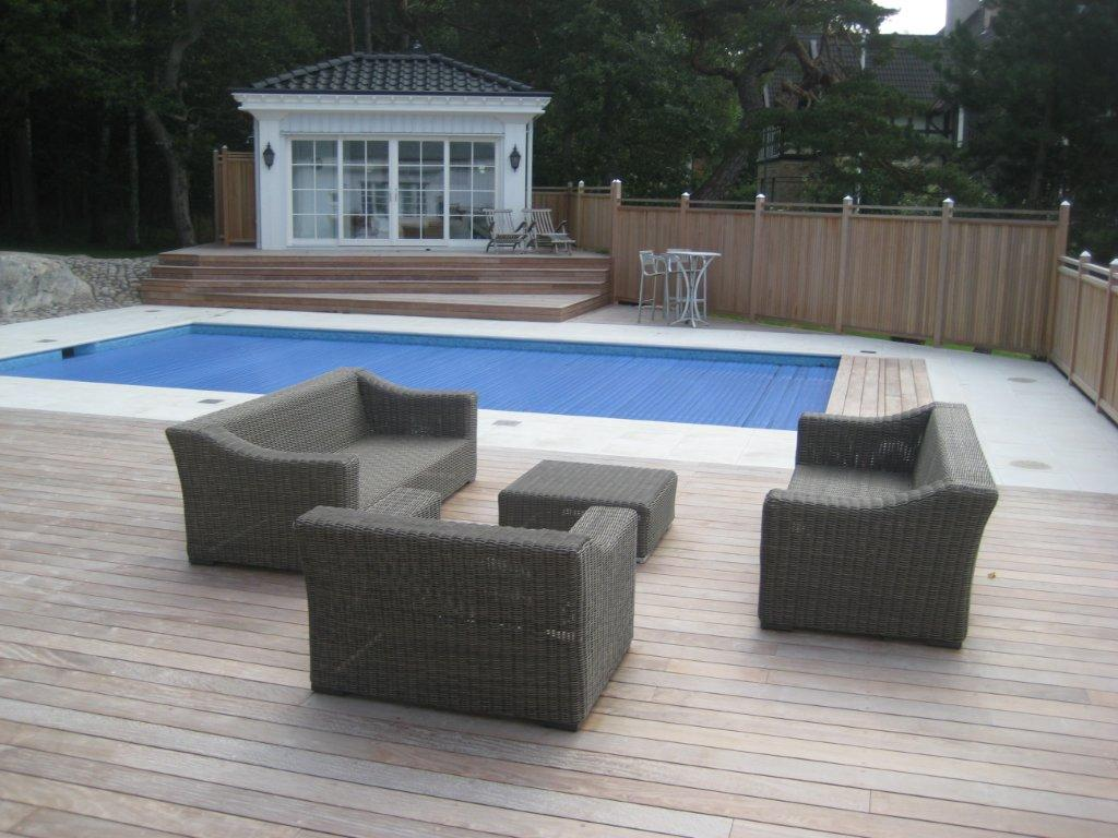 Ipe trall vid pool och lounge